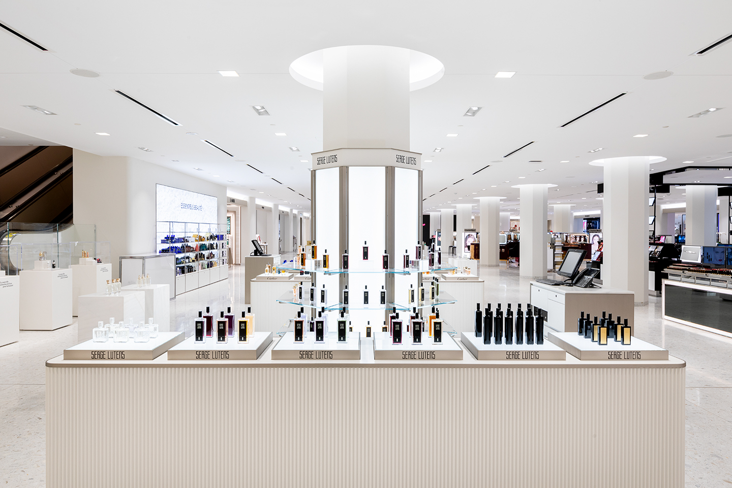 Jeffrey Hutchison & Associates: Projects: Holt Renfrew Ogilvy